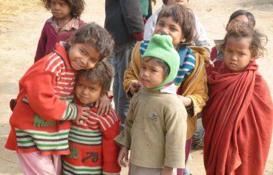 Wanderarbeiterkinder aus Bihar ohne Schulbildung