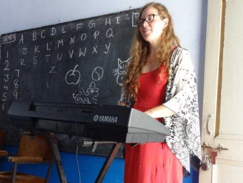Inga starting the lesson