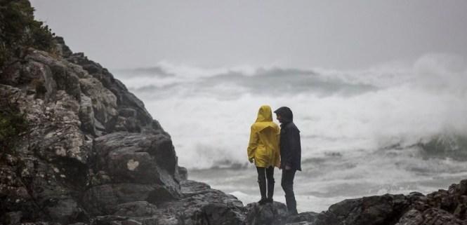 Pacific Sands Resort Storm Watching Contest