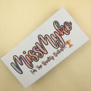 wholesale custom eyelash packaging box