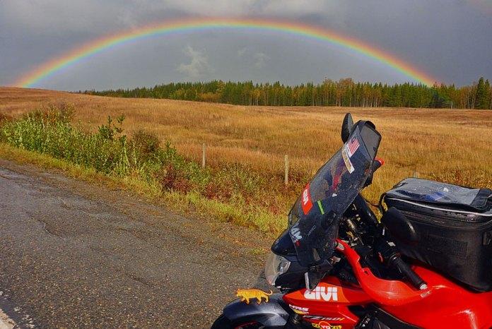 DA USA A CANADA - Givi Explorer - Anita Yusof - Global Dream Ride