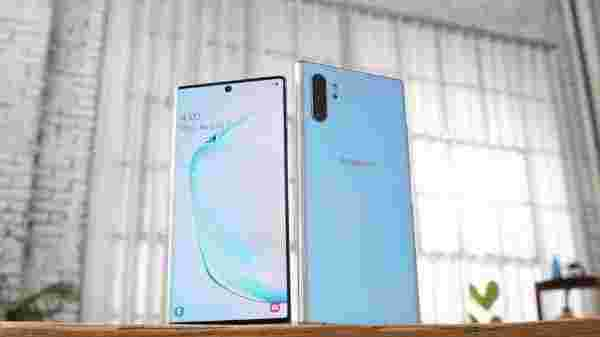 Flat Rs. 30,000 Off On Samsung Galaxy Note 10 plus
