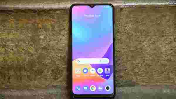Realme C25 Display: Vivid And Colorful With One Shortcoming