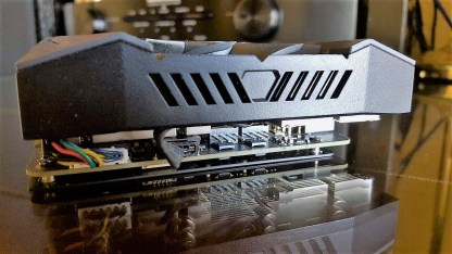 Gizcomputer-ASUS ROG-STRIX-GTX1070-O8G-GAMING (26)