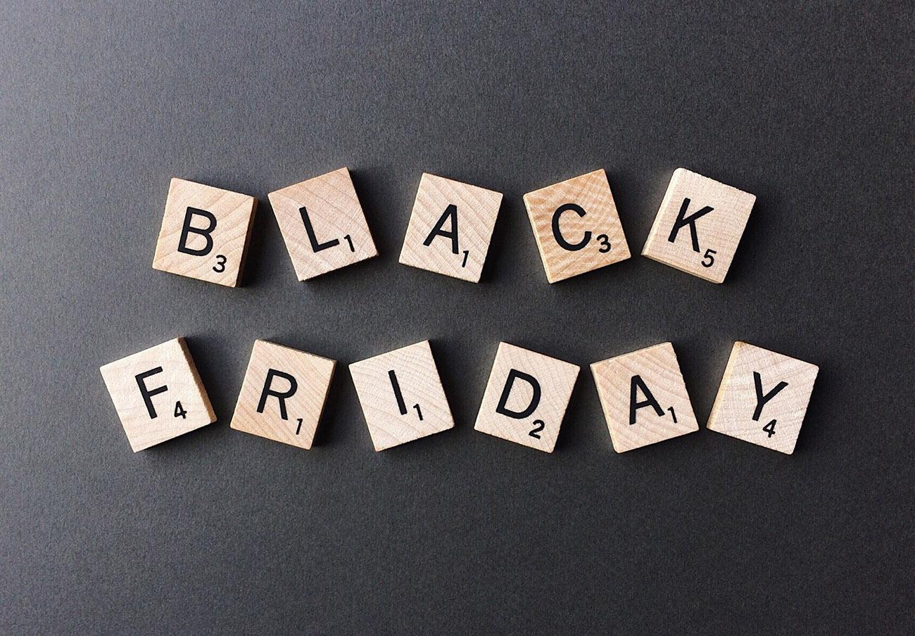 This is the Black Friday: esto es el Viernes fraudulento.