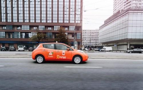 Elektryczne taksówki już w mytaxi