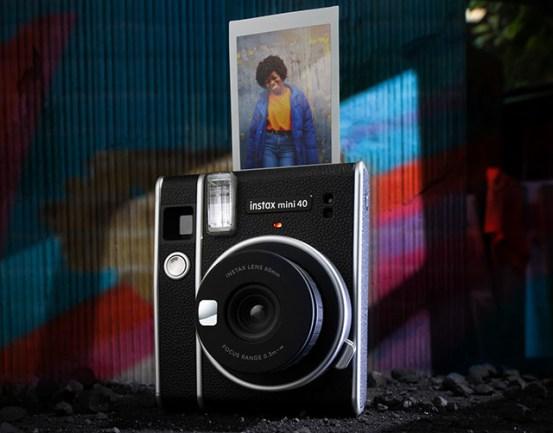 Fujifilm Instax Mini 40 camera launched together with Instax Mini Instant Movie Instant Movie