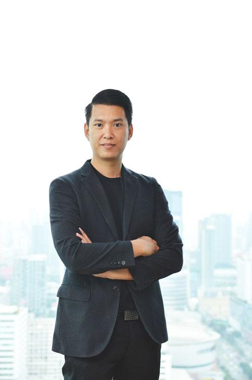 นายชานนท์ จิรายุกุล ผู้บริหารสูงสุดฝ่ายขาย บริษัท ไทย ออปโป้ จํากัด