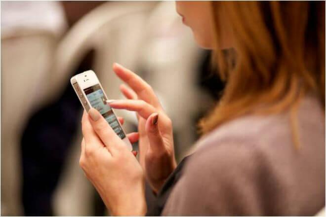 ¿Personas que comparten demasiadas frases 'profundas' en redes sociales podrían ser menos inteligentes?