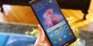 Pantalla con tecnología Huawei FullView Display en el Huawei P smart