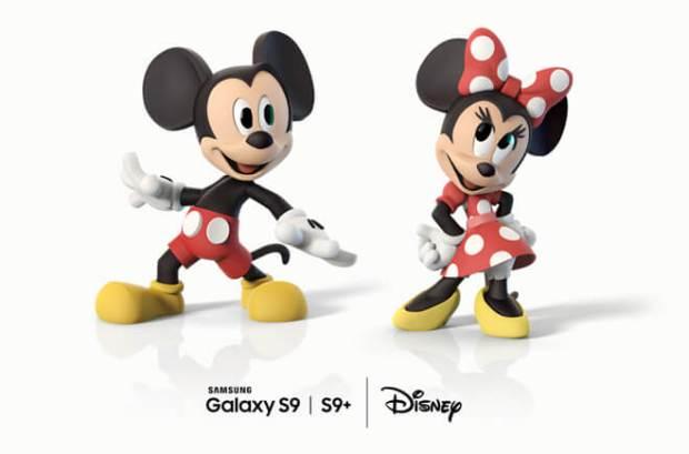 AR Emoji de Minnie y Mickey