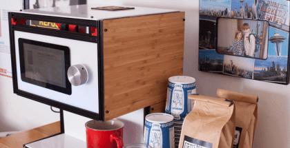 Si eres un coffee lover, la cafetera robot Mugsy que prepara café a tu gusto tiene otra ventaja, el tiempo. En tan solo dos o tres minutos podrás disfrutar de tu taza de café.