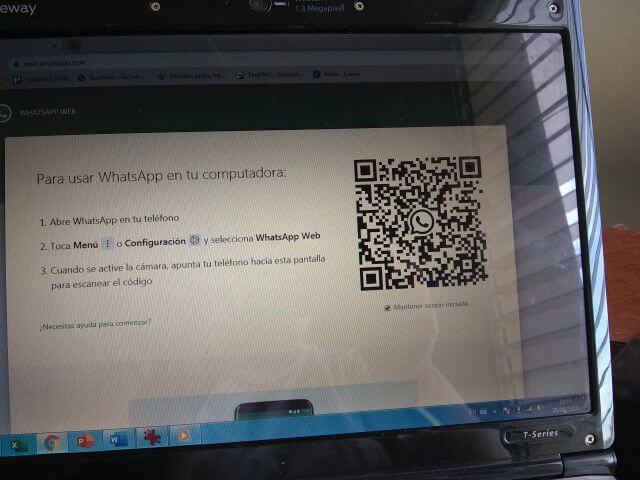 A través de la pagina Whastapp.com puedes abrir varias cuentas de Whatsapp Web a la vez