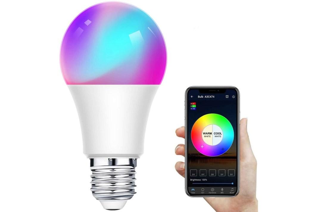 Este dispositivo se considera una nueva tendencia en los últimos tiempos. Entérate aquí sobre los detalles a tomar en cuenta para la mejor bombilla inteligente en 2021.