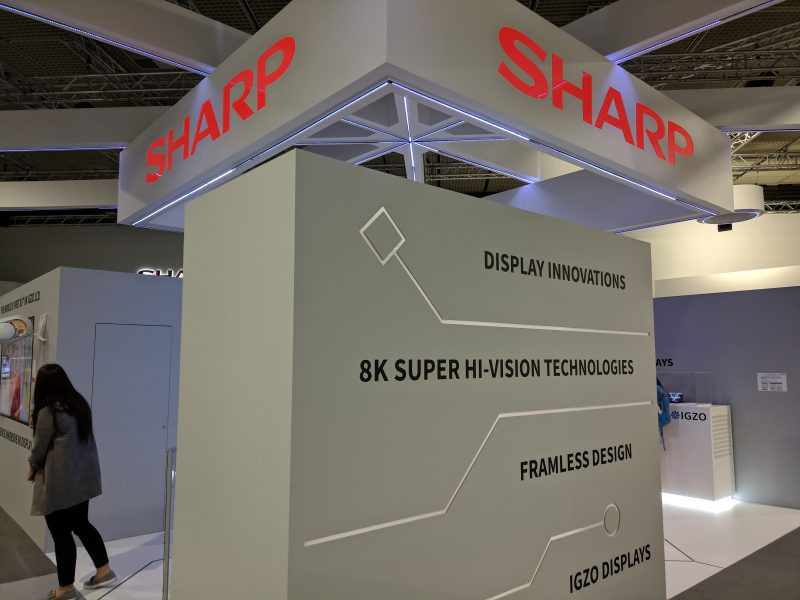 paneles oled de sharp