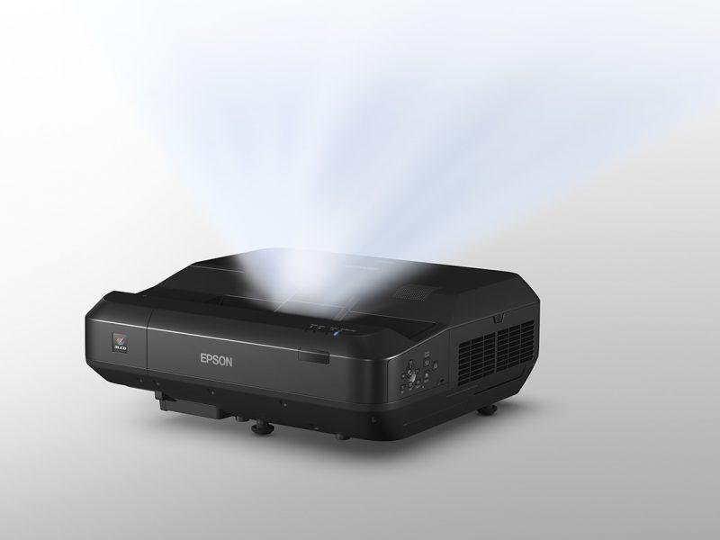 Epson EH-LS100, un impresionante proyector de gama alta
