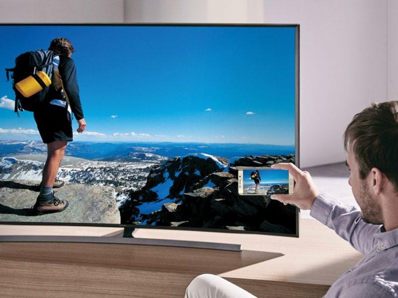 Te enseñamos a duplicar la pantalla del móvil en la tele
