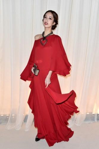 Lanvin+Front+Row+Paris+Fashion+Week+Womenswear+p9eCATLwcKil