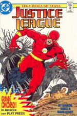 100704JusticeLeague_26_flash