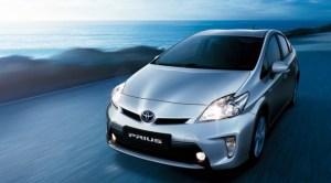 2013_Toyota_Prius_front-650x360