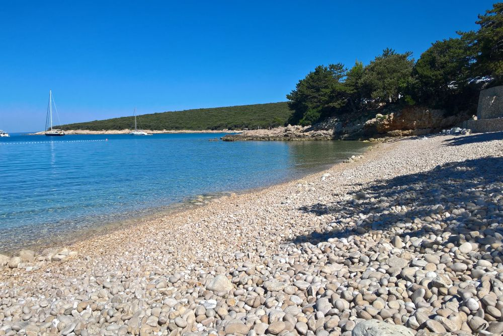 Spiaggia a Slatina