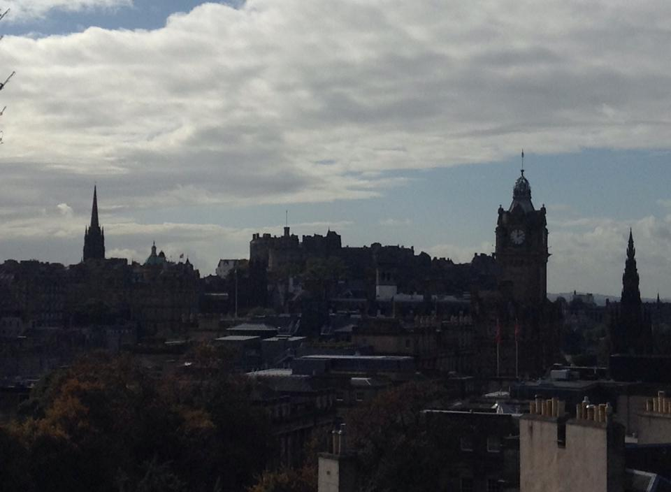 Castle Rock and Edinburgh Old Town in the foreground
