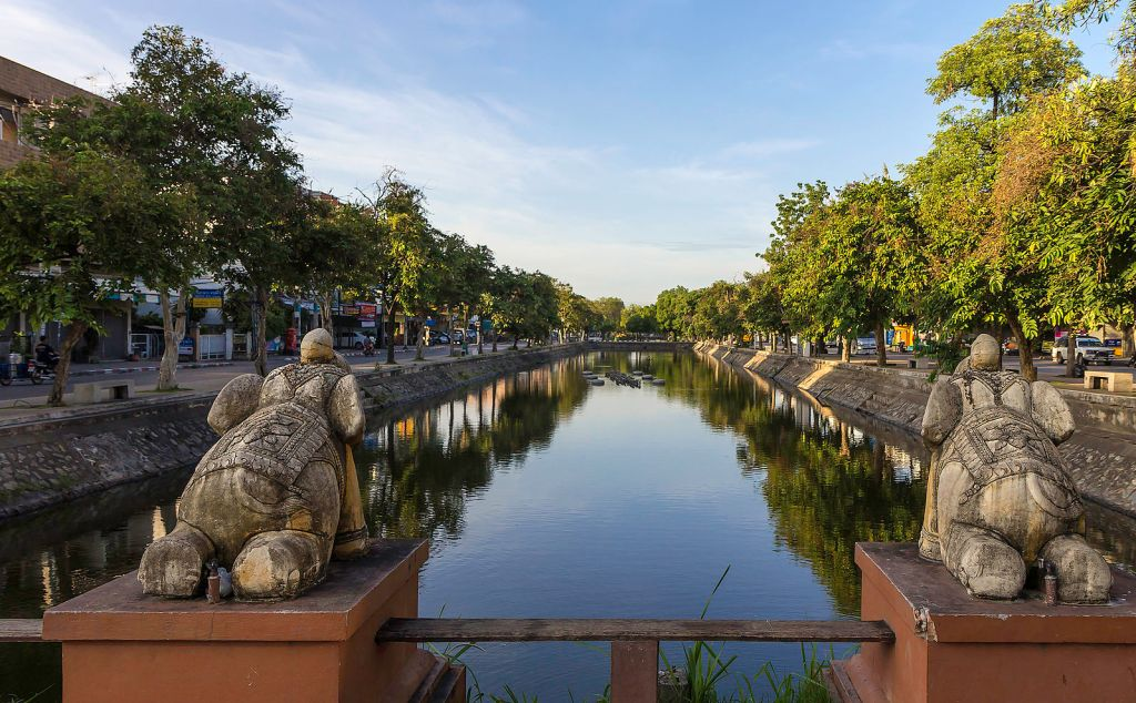 Chiang Mai Old City Bridge, a must-see on your Thailand itinerary