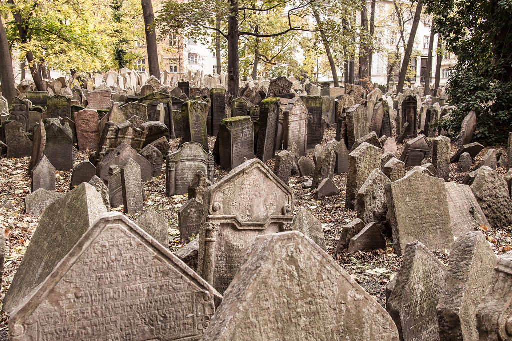 Old Jewish Cemetery in the Jewish Quarter of Prague