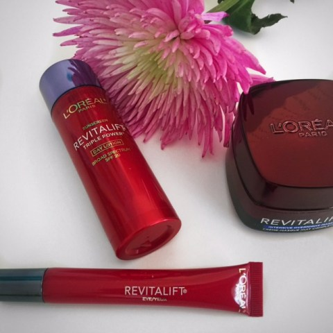 L'Oreal Paris, the skin experts and the L'Oreal Revitalift™ routine are game changers for getting rid of wrinkles! #AskSkinExpert