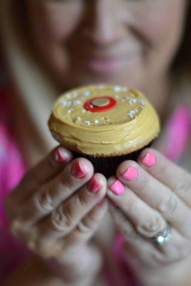 Meet your Favorite Cupcakes: Cute Cupcake Gifts | GlamKaren.com