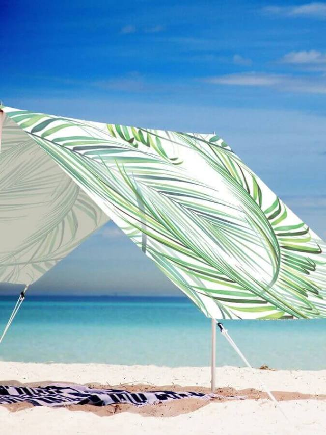 Don't Head to the Beach Without THESE Chic Beach Essentials