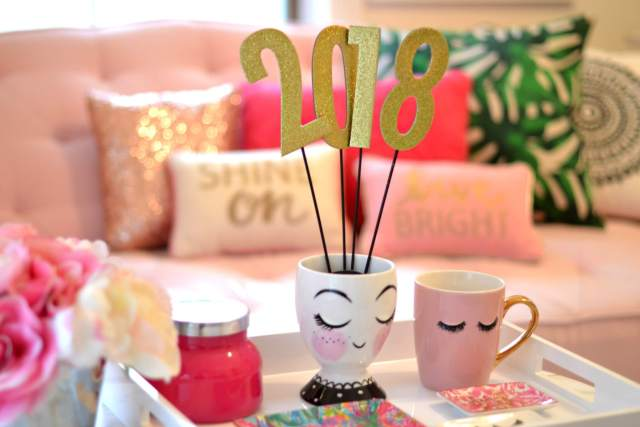 How to Decorate, Dress & Prep for a NYE Party!