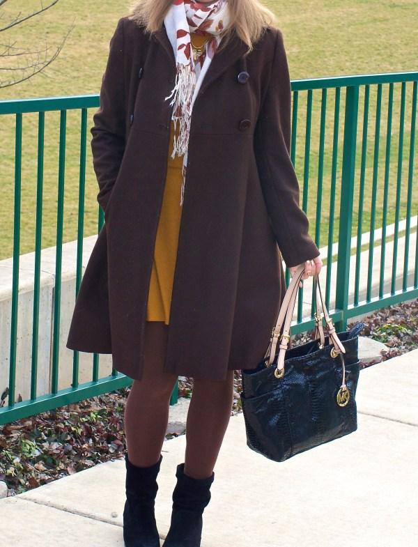 Brown coat and red hat - winter outfit idea