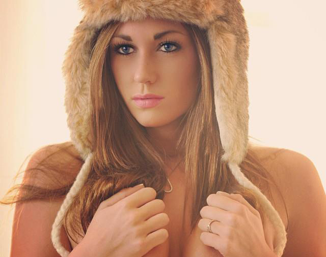 Babe of the Day Caitlin Rice