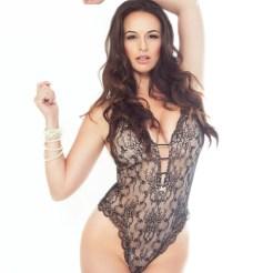 Model Kayla Swift