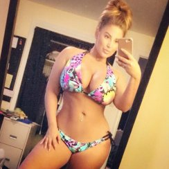 SUPER sexy selfie of Ashley Alexiss