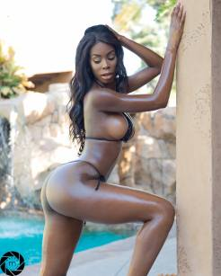 Lexxie Marieee shot by Mason Photography