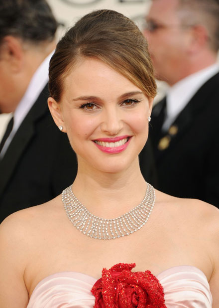 Natalie Portman is a winner at 2011 Golden Globes Awards