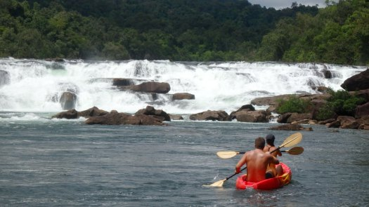 26-kayaking-upriver