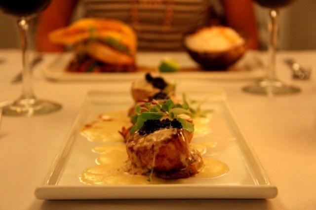 06Coral Sands Dinner-HoneyTrek.com