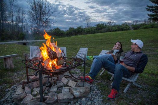 couple campfire
