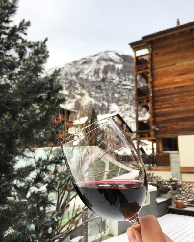Glamping Blog News 8 Winter Activities Apres Ski - Kristen Kellogg