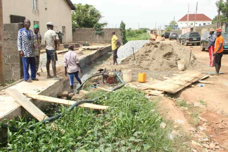 Primate Ayodele Embarks On Massive Gutter Project In His Community