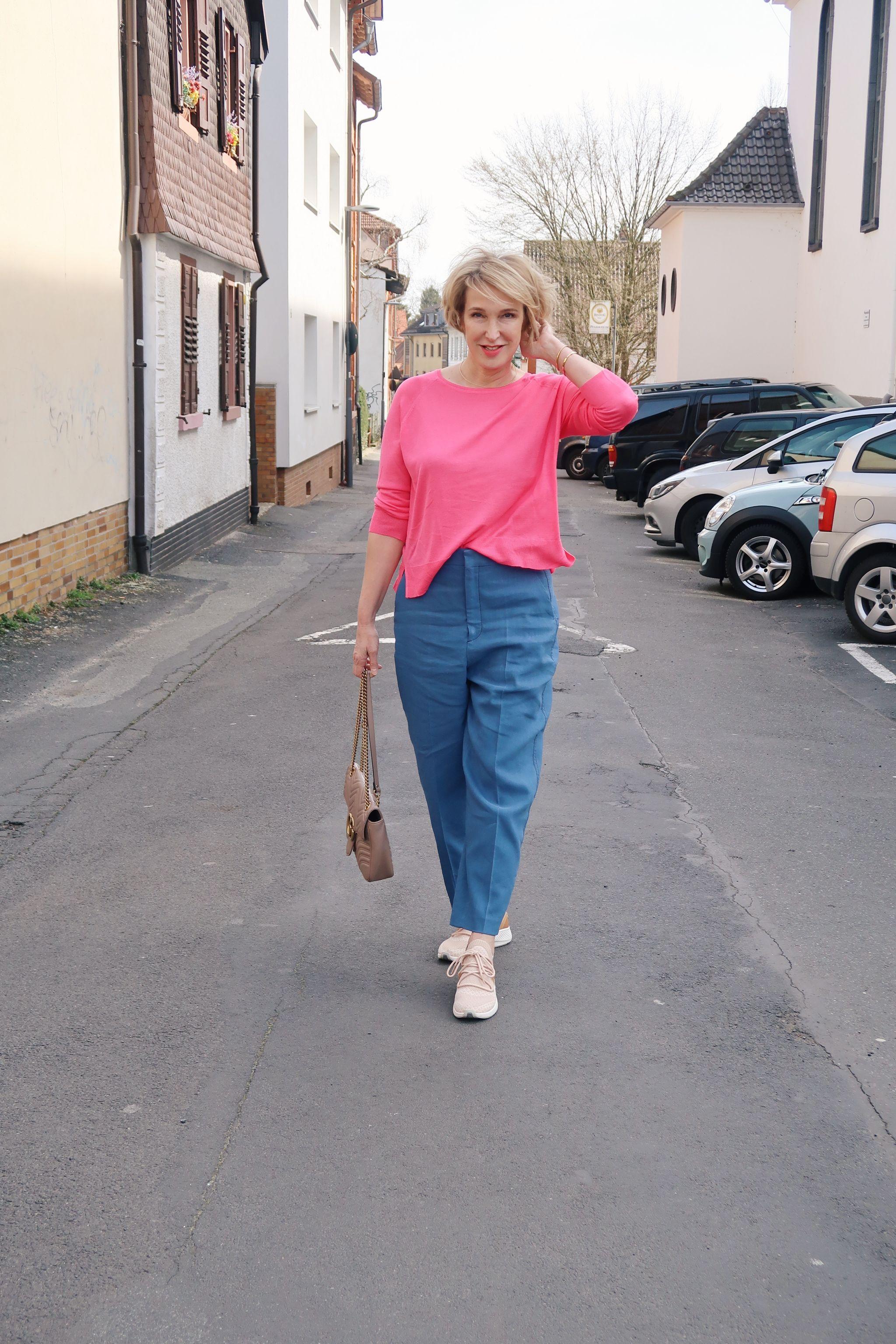 glamupyourlifestyle blau-mit-pink weite-hose designer-tasche Timberland-sneakers ue40-Mode ue40-blog