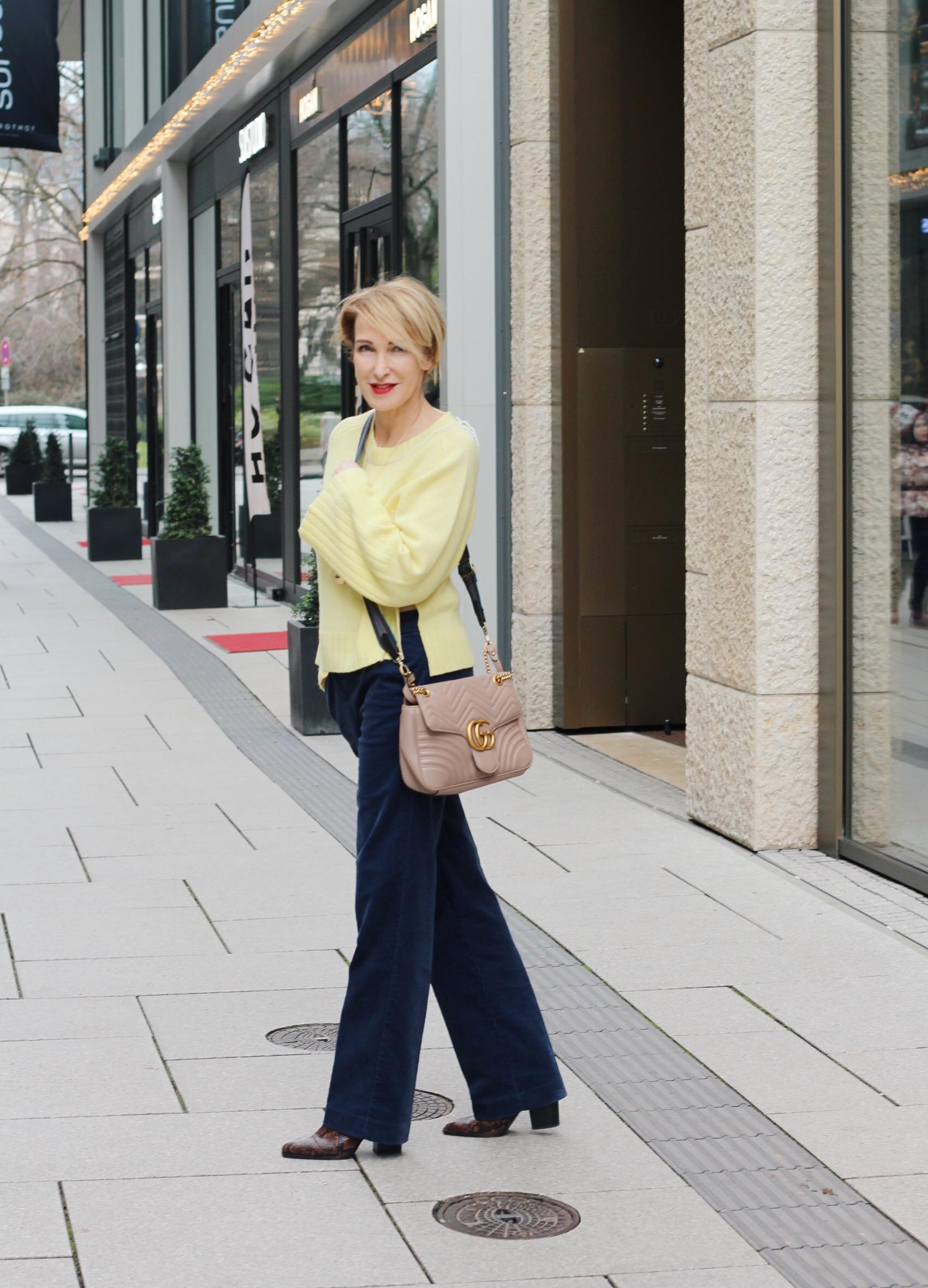 glamupyourlifestyle sonnengelb kaschmir kaschmir-pillover cordhose winter-Outfit ü-40-blog ue-40-blog ü-50-blog