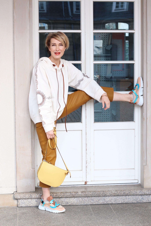 Glamupyourlifestyle ue-40-blog ue-50-blog ue-40-mode
