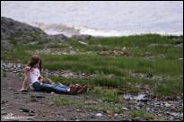 How to make a friend, step 3. (St-Michel-de-Bellechasse, Québec, juin 2008)