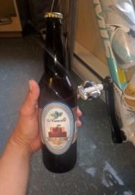 Quel est le lien entre cette bière de la Tour à Bières (Chicoutimi) et la pédale de mon vélo?