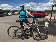 La fois où je ne me suis pas tuée en vélo de montagne. (Mont-Sainte-Anne, Québec, juin 2017)