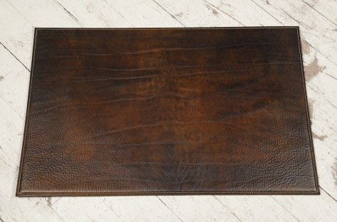 Hand-grained-hand-colored-walnut-Placemat